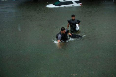 Deaths reported as Harvey strikes Texas coast