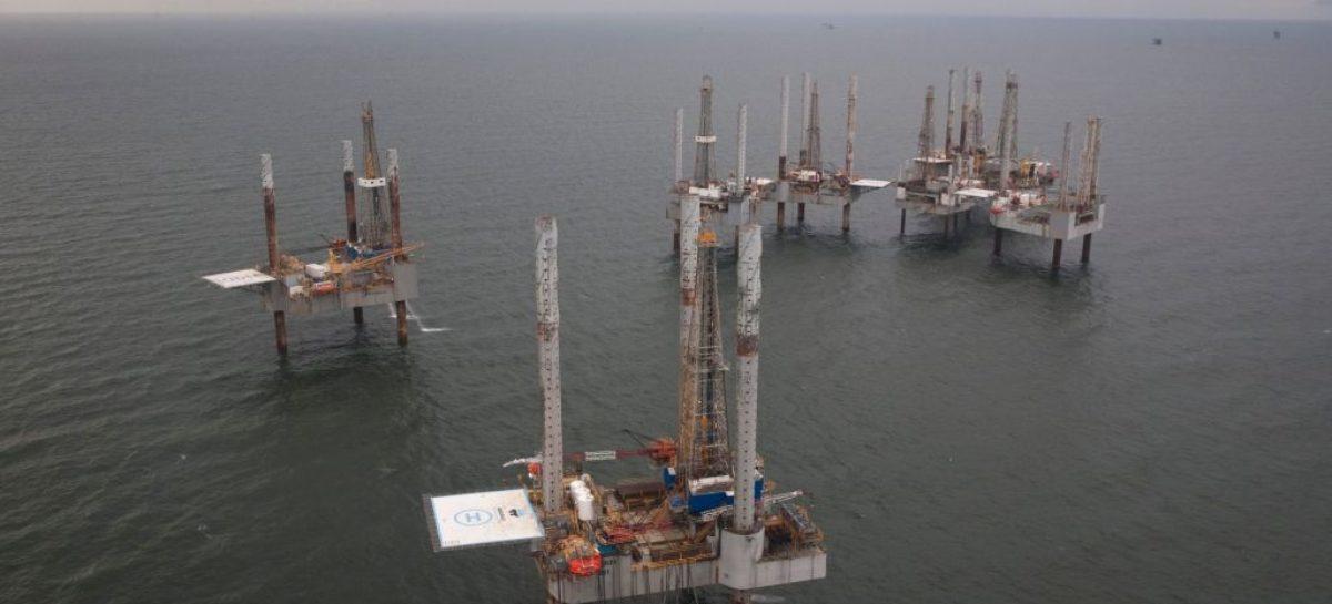 Crude oil shrugs off rising U.S. production as Brent nears $80/barrel
